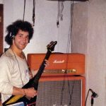 Hervé DOUIN chanteur-Didier RIGOT guitariste-Patrick MIRANDOLA guitariste-Philippe BOUHIER basse-Franck CADET batterie-Gérard Formilhague basse